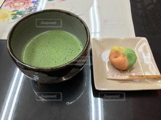 テーブルの上でコーヒーを一杯の写真・画像素材[2967290]