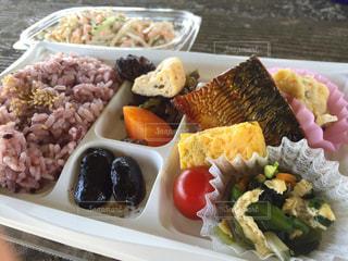 ピクニックのお弁当の写真・画像素材[1232433]
