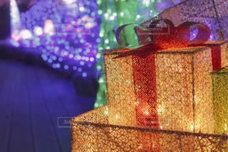 光のプレゼントの写真・画像素材[2811801]
