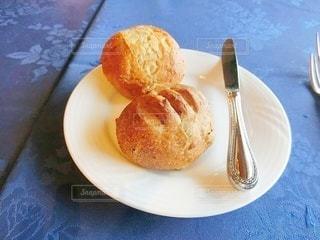 ホテルのディナー、パンの写真・画像素材[2916414]