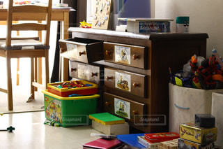 机と椅子 - No.895832
