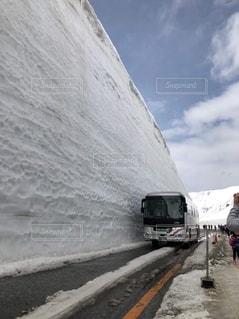 雪の大谷の写真・画像素材[2614129]