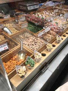 ナッツ売り場の写真・画像素材[917259]