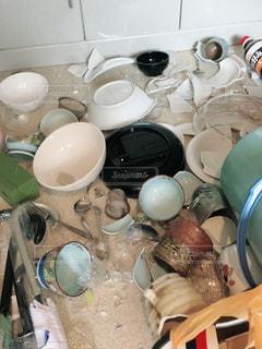地震で落下の写真・画像素材[2637046]
