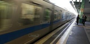 電車通過の写真・画像素材[2744592]