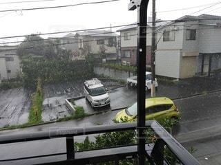 土砂降りの雨の写真・画像素材[3503310]