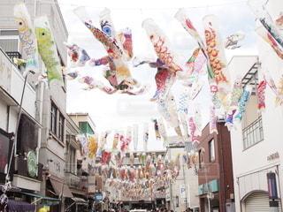 川越の街と鯉のぼりの写真・画像素材[2642823]