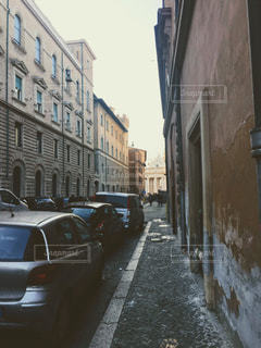 ローマの路地裏の写真・画像素材[2651599]