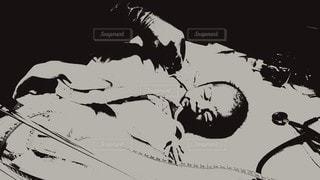 産まれたばかりの赤ちゃんの写真・画像素材[2649367]