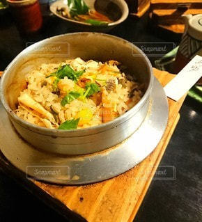 鮎釜飯の写真・画像素材[2654384]