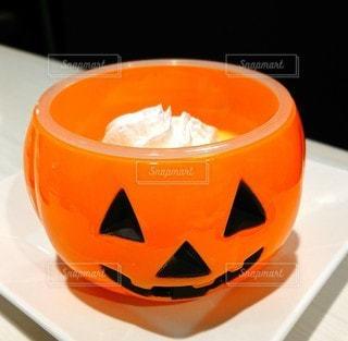 かぼちゃのプリンの写真・画像素材[2655603]