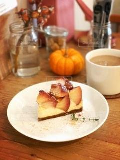 美味しいりんごケーキの写真・画像素材[2660096]
