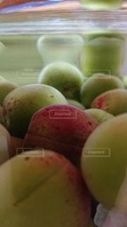 果物のボウルのクローズアップの写真・画像素材[3376396]