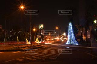 宮崎市役所前交差点の光跡写真3の写真・画像素材[2922528]