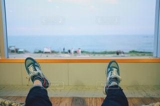 海の見えるテラスでの写真・画像素材[2681477]