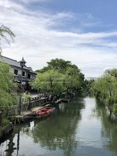 風情ある川船の風景の写真・画像素材[2687312]