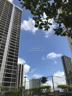 高い建物の写真・画像素材[2695269]