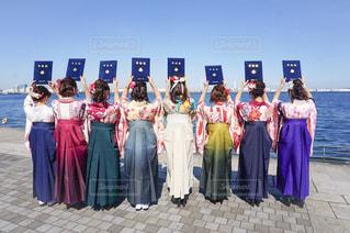 卒業式後の袴後ろ姿の写真・画像素材[1873038]