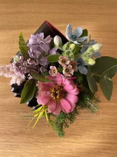 誕生日おめでとうの花束の写真・画像素材[2692395]
