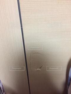 ドアの穴の写真・画像素材[2719159]
