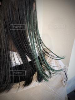 グリーンのインナーカラーの写真・画像素材[3095260]