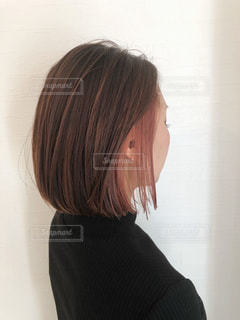 インナーカラーをしてる人の写真・画像素材[3095261]