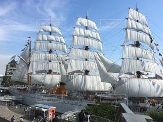 帆を張った船の写真・画像素材[2715713]