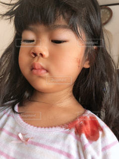 鼻血の写真・画像素材[2720996]
