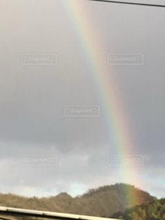 雨上がりに出会った虹の写真・画像素材[2845693]