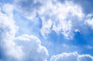 空の雲の群の写真・画像素材[2872337]