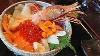 北海道づくしの海鮮丼の写真・画像素材[2734949]