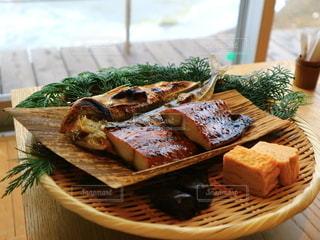 朝食の焼き魚の写真・画像素材[2763468]