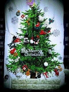 クリスマスツリータペストリーの写真・画像素材[2821090]