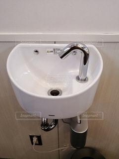 白い手洗い。の写真・画像素材[2791098]