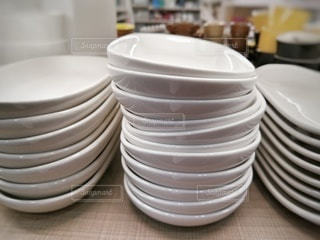 白い皿の写真・画像素材[2900002]