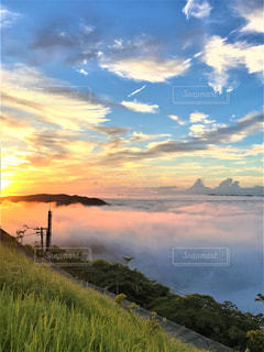雲海と朝日の写真・画像素材[2778150]