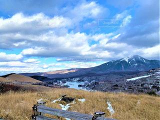 展望から見る広い空と山並みの写真・画像素材[3319002]