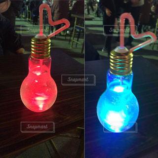 電球ソーダ可愛いの写真・画像素材[815005]