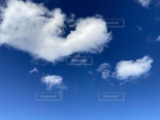青空の雲の写真・画像素材[2814533]