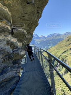 スイスのクリフウォークの写真・画像素材[2781964]