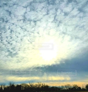 空の雲の写真・画像素材[2896490]
