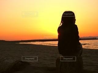 夕方の海の写真・画像素材[3057133]