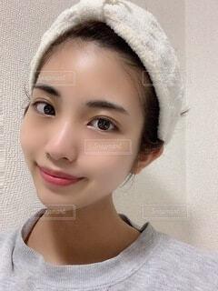 帽子をかぶった女性の写真・画像素材[3811759]