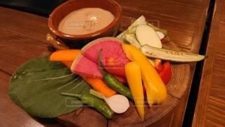 バーニャカウダ たっぷり野菜の写真・画像素材[3868117]