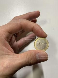 1ユーロに込められた思いの写真・画像素材[2800470]