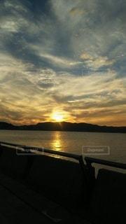 旅先の夕日の写真・画像素材[2805365]