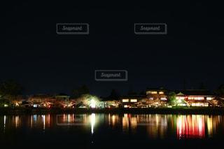 水面に映る桜祭りの写真・画像素材[2856369]