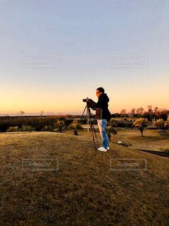 朝陽を撮影の写真・画像素材[2870132]