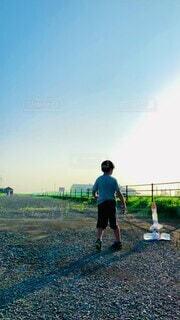 ペットボトルロケットの自由研究の様子^ - ^の写真・画像素材[4798148]