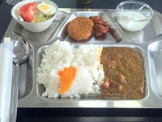 KOBEカレー食堂。海上自衛隊阪神基地隊内の食堂で金曜日に一般公開してカレー食堂をやっていました。の写真・画像素材[3106314]